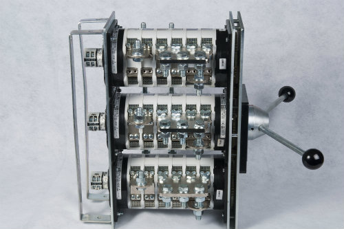 Type A/Z – 200 to 2000 Amps
